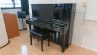 視聴覚室写真5ピアノ